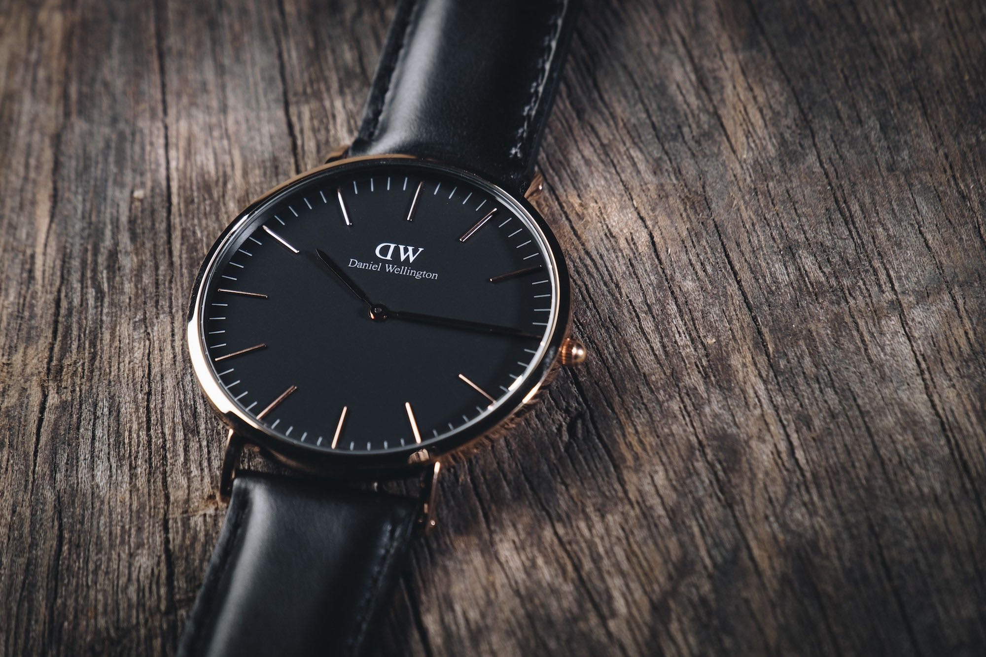 Product photography services studio photographer Singapore e-commerce Asia shoot watch dw Daniel Wellington
