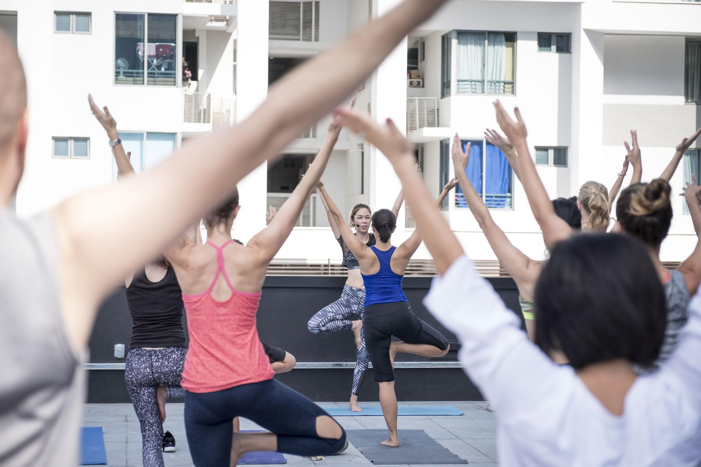 Shanthi jeuland photography events yoga Singapore 1880 club-3