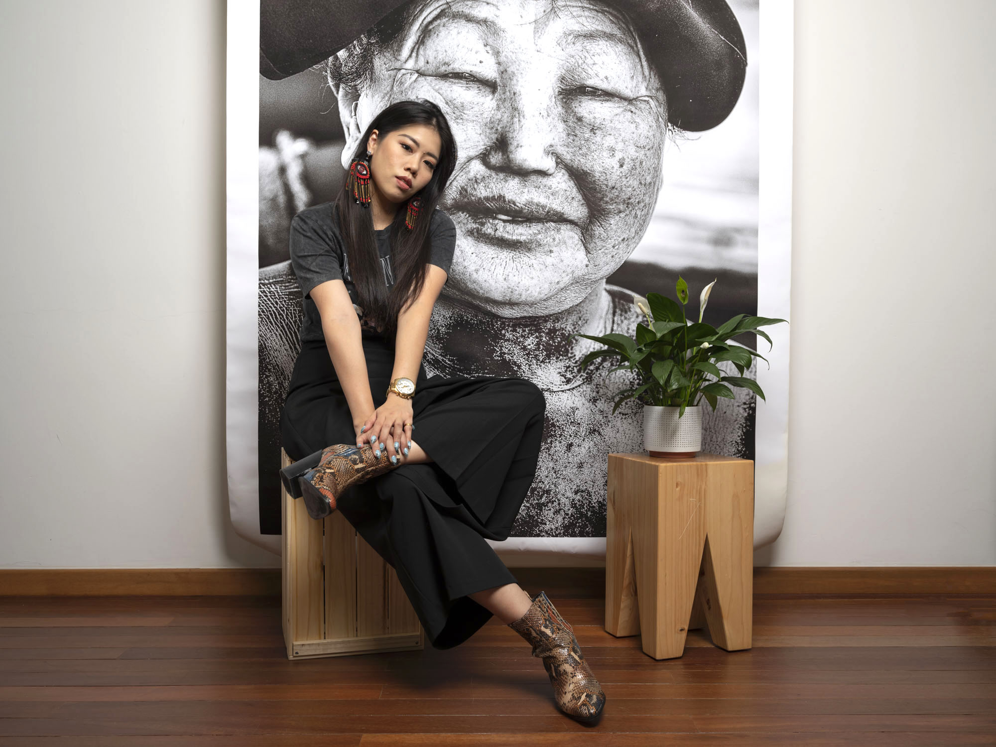 Corporate headshot portrait linkedin profil photography studio singapore services asia photographer print 1
