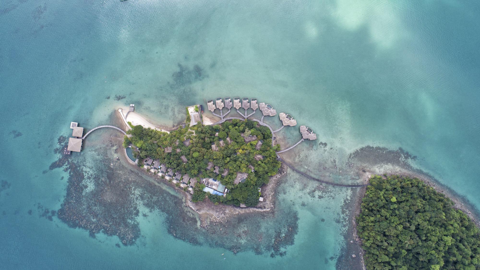 Hospitality hotel resort luxurious luxury photography services singapore asia photographer travel drop island