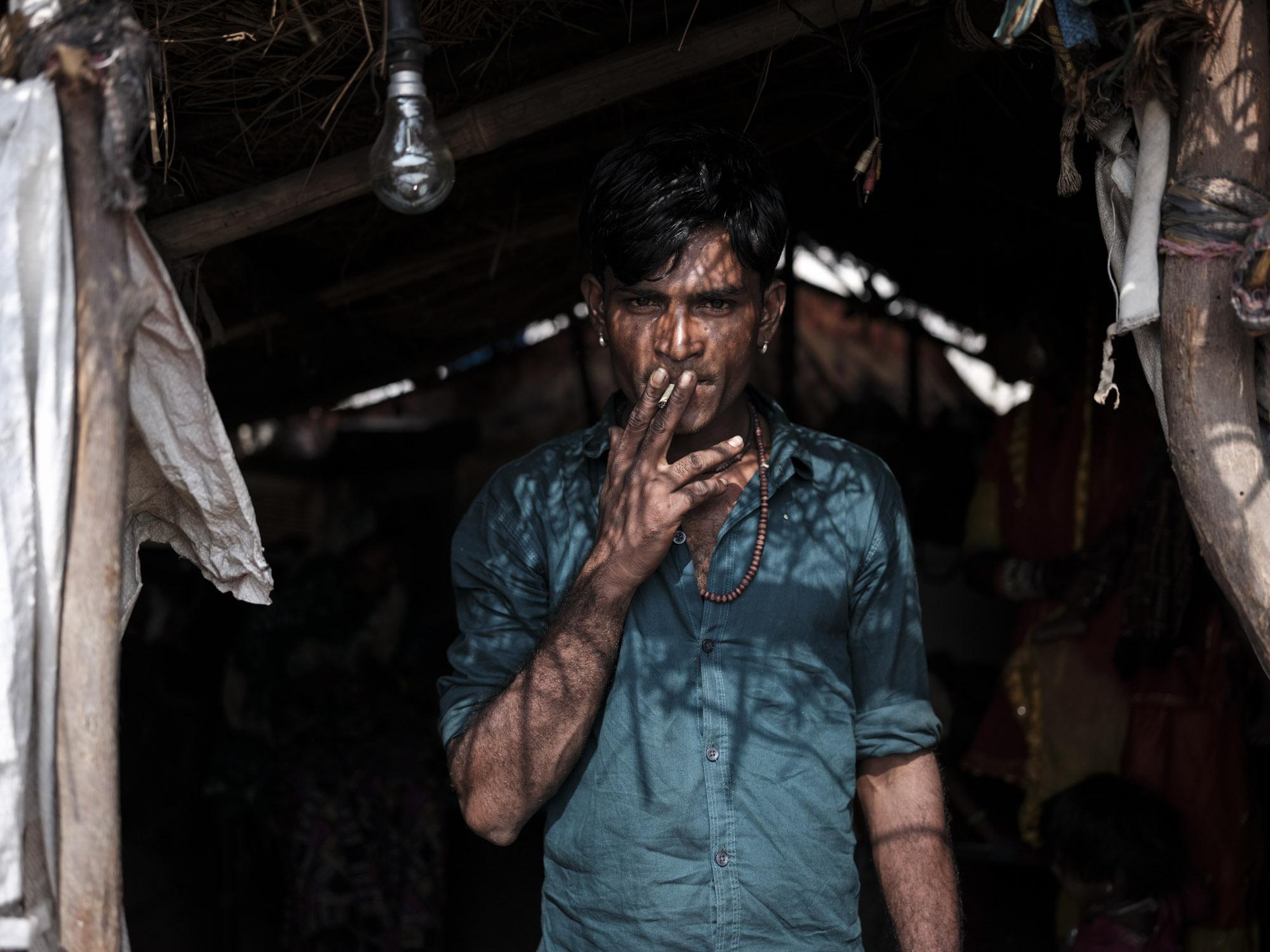 Gypsy Kalbelia tribe nomad Rajasthan India Documentary Photography Photographer Jose Jeuland-11